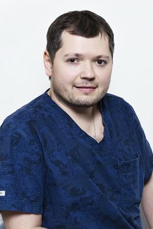 Гуров-Максим-Сергеевич-врач-стоматолог-ортопед2