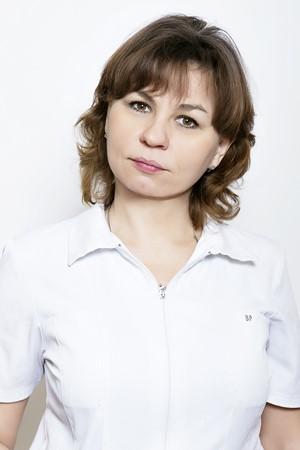 Шишканова-Ирина-Евгеньевна-врач-стоматолог-хирург-изм